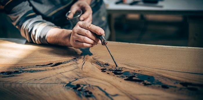 rellenar madera con resina epoxi